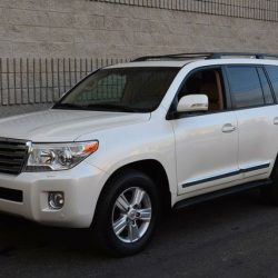2014 Toyota Land Cruiser1