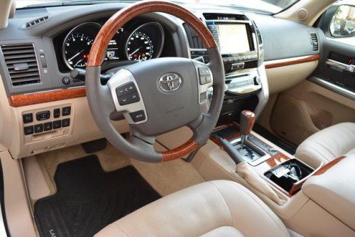 2014 Toyota Land Cruiser8